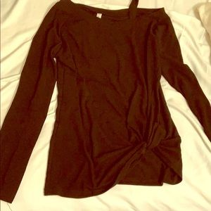 Black top with side knot